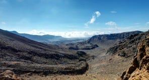 Tongariro Nova Zelândia de cruzamento alpina Foto de Stock Royalty Free