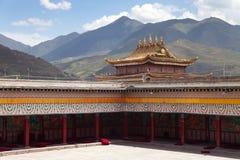 Tongren-Kloster oder Longwu-Kloster, China lizenzfreie stockbilder