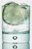 Tonico del gin su bianco Fotografia Stock Libera da Diritti