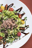 Tonijnsalade met kersentomaten 8 Stock Foto's