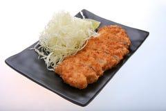 Tonkatsu - зажаренный цыпленок котлеты с овощем Стоковая Фотография RF