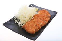 Tonkatsu - зажаренный цыпленок котлеты с овощем Стоковое Фото