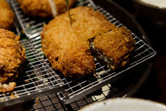 Tonkatsu, japończyka wieprzowiny głęboki smażący cutlet, crunchy, i delici Zdjęcia Royalty Free