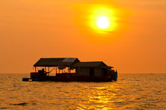 Tonle underminerar sjön, Cambodja Royaltyfri Foto