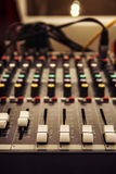 Tonmeisterbedienfeld, Audiokontrollen Lizenzfreie Stockfotografie