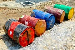 Tonneaux à huile Image libre de droits