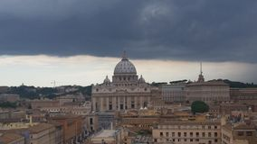 Tonnerre au-dessus de la basilique Images stock