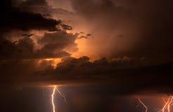 Tonnerre, foudres et pluie Photographie stock