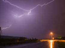Tonnerre spectaculaire de tempête d'Eectrical de grève surprise d'affichage Photos libres de droits