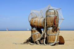 Tonnes d'harengs sur le côté de mer Photo libre de droits