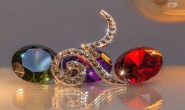 tono caliente número nueve con las piedras preciosas coloridas Imagen de archivo