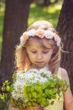Tono rubio precioso del pastel del retrato de la muchacha Foto de archivo libre de regalías