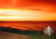 Tonos anaranjados de la puesta del sol Imagenes de archivo