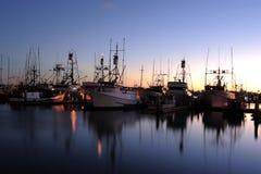 Tonos de la puesta del sol del puerto de la aldea del puerto de San Diego imagen de archivo libre de regalías