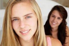 tonårs- flickastående Arkivfoto