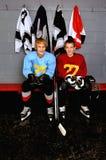 tonårs- hockeyspelare Arkivbilder