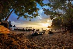 Tonsai plaża, Krabi prowincja, Tajlandia Zdjęcie Stock