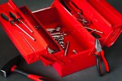 Toolbox ремонтника красный с инструментальным ящиком ключа Стоковое Фото