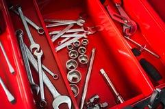 Toolbox ремонтника красный с набором ключа Стоковые Изображения RF