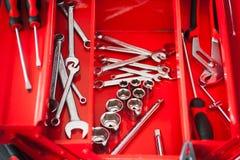 Toolbox ремонтника красный с набором ключа Стоковое Фото