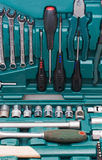 Toolkit van diverse hulpmiddelen in de doos Stock Afbeeldingen