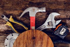 Free Tools On The Table Stock Photo - 46394910