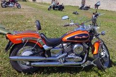 Toon motorfietsen NARVABIKE op het grondgebied van vesting van 18 Juli, 2010 in Narva, Estland Stock Foto's