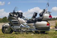 Toon motorfietsen NARVABIKE op het grondgebied van vesting van 18 Juli, 2010 in Narva, Estland Stock Afbeeldingen