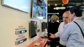Toont de Nmodern videotechnologie, Amsterdam, stock video