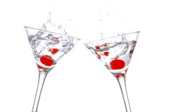 Toost met cocktail twee glasse stock foto's