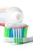 Tooth-brush en tandpasta Stock Fotografie