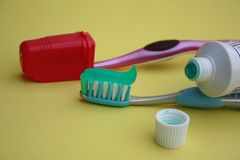 Tooth brush and tooth paste tube Royalty Free Stock Photos