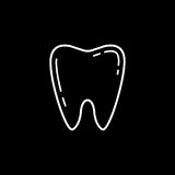 Tooth line icon. Dental and medicine, vector graphics, a linear pattern on a black background, eps 10 Stock Illustration