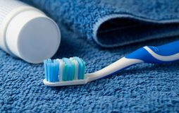 Free Toothbrush And Toothpaste Stock Image - 17956531