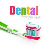 Toothbrush con dentifricio in pasta tricolor Immagini Stock Libere da Diritti