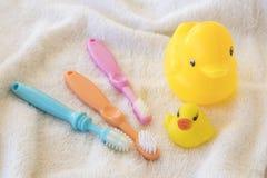 Toothbrush dziecko opieka zdrowotna w oralnym zagłębieniu Zdjęcie Royalty Free