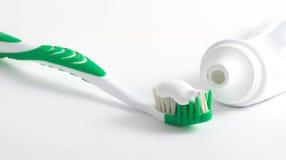 Toothbrush e dentífrico Imagem de Stock