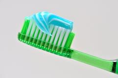 Toothbrush e dentifricio Fotografia Stock Libera da Diritti