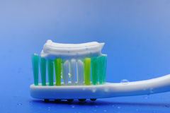 Toothbrush and toothpaste Royalty Free Stock Photos