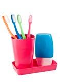 Toothbrushes della famiglia s e dentifricio Immagini Stock Libere da Diritti