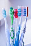Toothbrushes w szkle   Fotografia Royalty Free