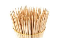 Toothpicks del manojo en la taza. Imagen de archivo