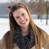 Toothy glimlachmeisje stock afbeelding