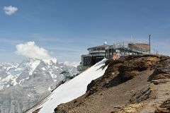 Top cablecar station on top of Schilthorn peak stock images