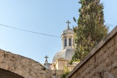 Top de la iglesia de la condenación y de la imposición de la cruz cerca de Lion Gate en Jerusalén, Israel fotografía de archivo