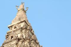 Top de la vieja puerta en el templo Foto de archivo