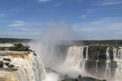 Top de las cataratas del Iguazú, el Brasil Fotos de archivo