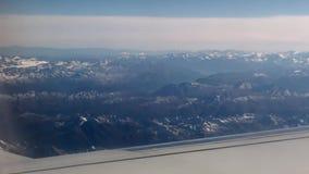 Top de montañas del avión
