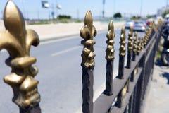 Top de una cerca del hierro Imagen de archivo
