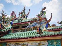 Top del tejado del templo chino en Malasia Imágenes de archivo libres de regalías